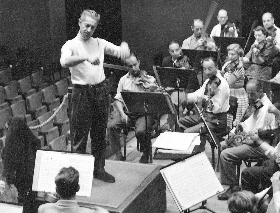A young Herbert von Karajan conducting the Philharmonia
