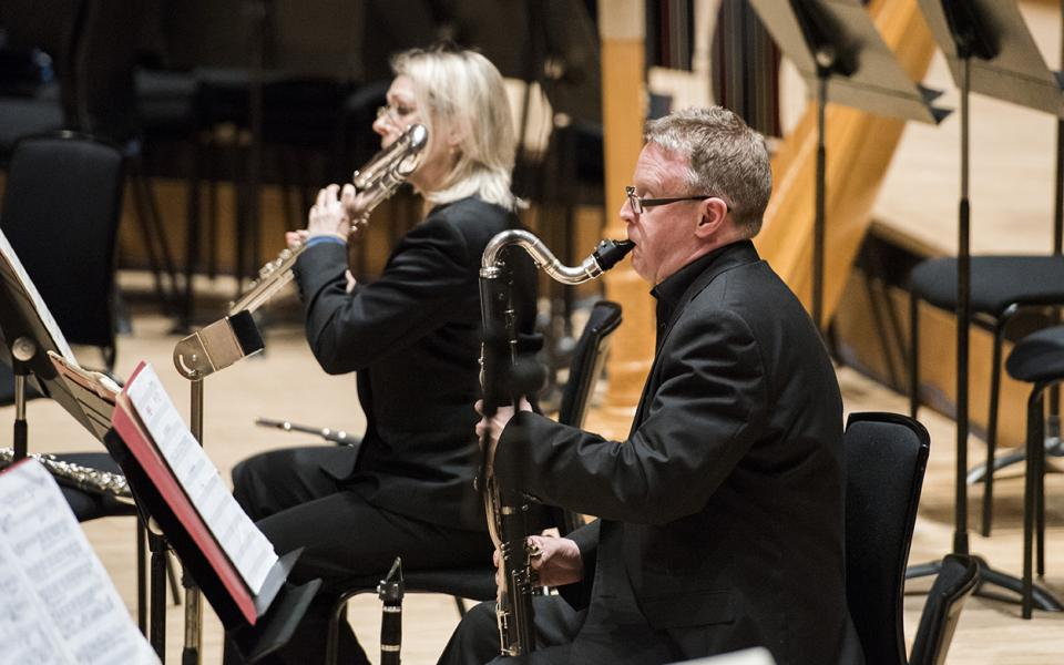 Mark van de Wiel playing the bass clarinet during a Music of Today performance