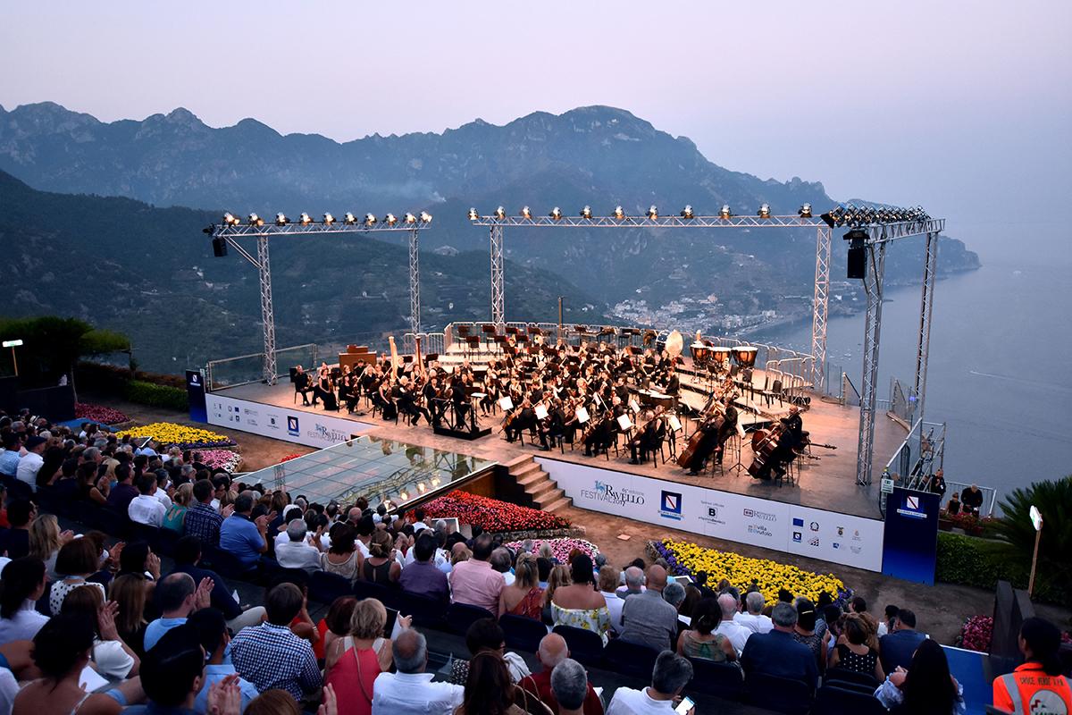 Philharmonia on stage at Ravello Festival