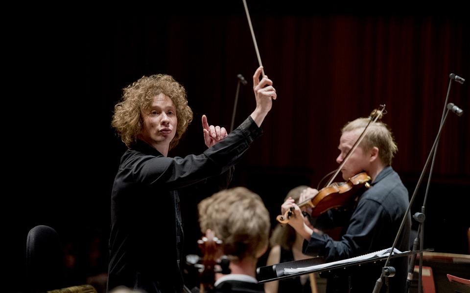 Photo of conductor Santtu-Matias Rouvali